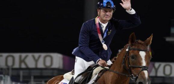 Tokio 2020: El australiano Andrew Hoy, de 62 años, el medallista de más edad desde México 1968